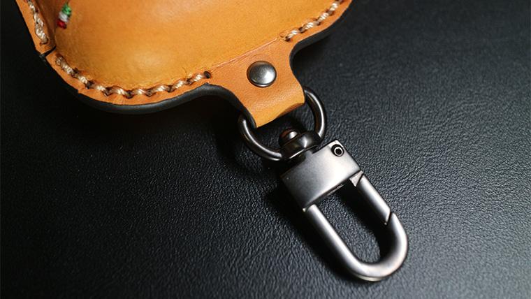 Saddle Leather Caseの利便性