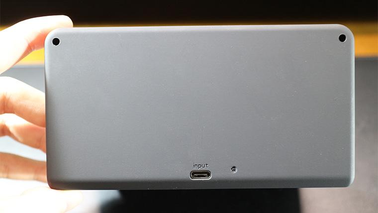 Alarm clock Wireless chargerの端子