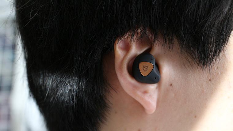 SoundPEATS Truengine3SEの装着感