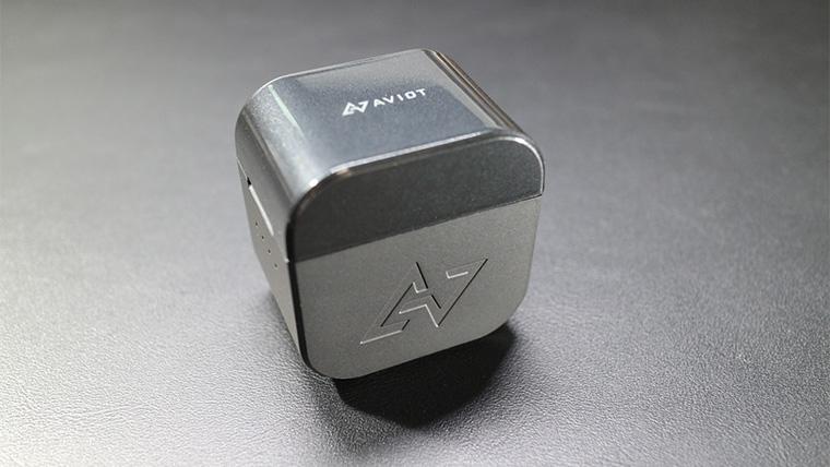 TE-D01gvの充電ケースのデザイン